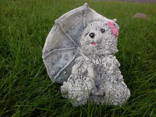 Teddy holding a umbrella $20